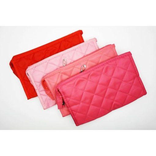Kozmetikai táska steppelt (22 x 14 x 7 cm)